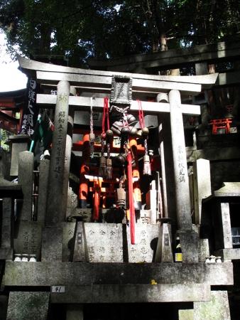 inari_taisha_shrine_01-750235