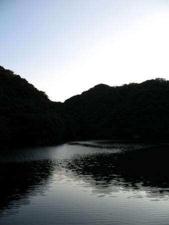 kobe_lake-713754
